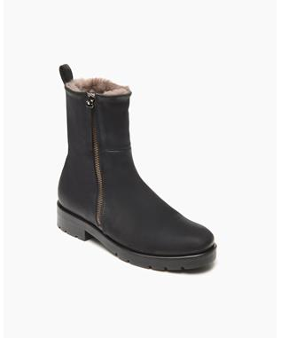 SHEARLING LINED BOOT