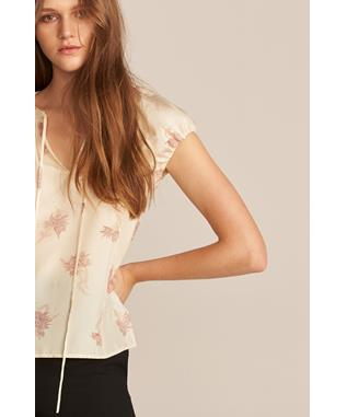 SHORT SLEEVE NORA FLORAL BLOUSE