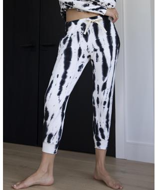 PAINTER TIE DYE CROPPED RELAXED SWEATS