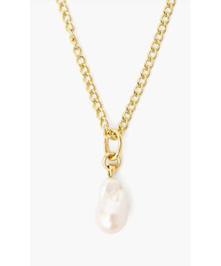 THICK GOLD CHAIN AND PEARL NECKLACE
