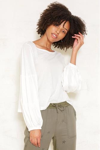 Scoop Neck Puff Sleeve Top OFF WHITE