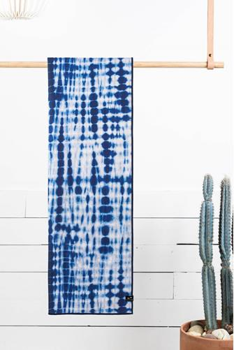 Suva Yoga Towel BLUE MULTI -