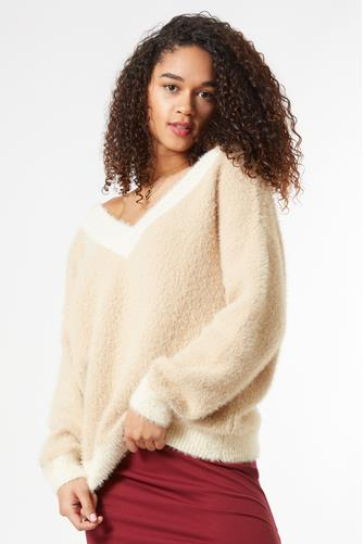 Colorblock Eyelash V-Neck Sweater TAN