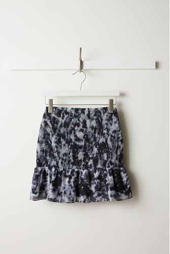 Tie Dye Smocked Ruffle Mini Skirt BLACK MULTI -