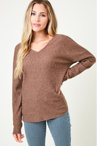 V-Neck Twist Back Hacci Top BROWN