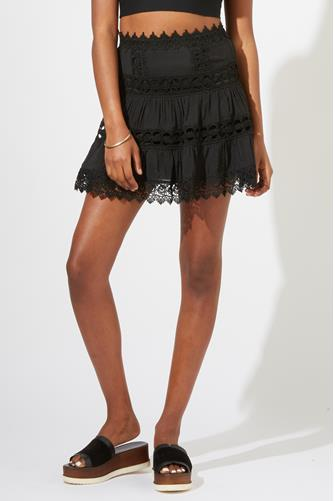 Lace Trim Tiered Mini Skirt BLACK
