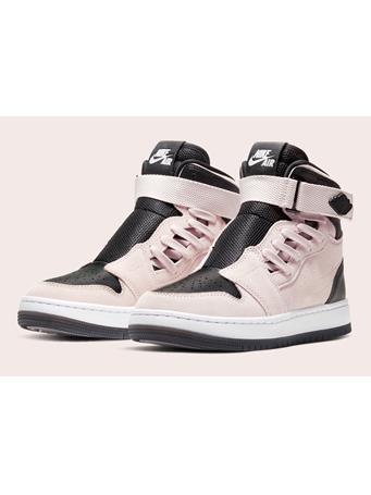 NIKE - Air Jordan ROSE