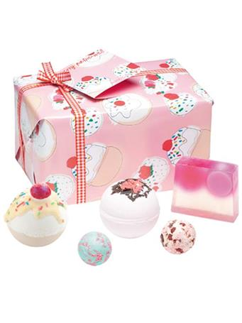 BOMB - Cherry Bathe-well Gift Pack No Color