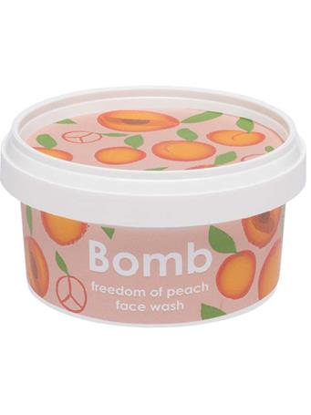 BOMB - Freedom Of Peach Face Wash  210Ml No Color