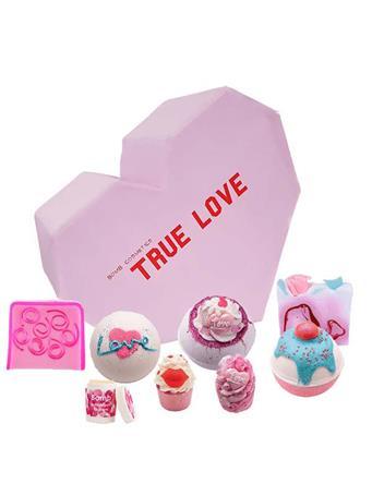 BOMB - True Love Gift Set No Color