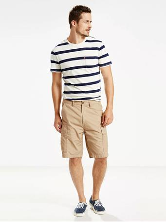 LEVIS - Carrier Cargo 9.5 In. Mens Shorts TRUE CHINO