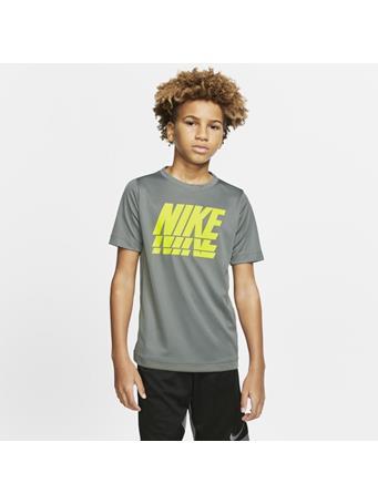 NIKE - Short Sleeve Top FOOTBALL GREY