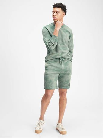 GAP - Logo Tie-Dye Pull-On Shorts GASOLINE GREEN