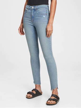 GAP - High Rise True Skinny Jeans with Secret Smoothing Pockets With Washwell LIGHT INDIGO 10