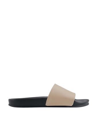 MARC FISHER - Sarri Slide Sandal LNALL