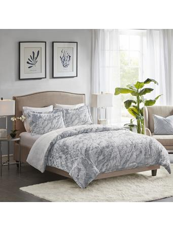 MADISON PARK - Lana Marble Faux Fur Comforter Set GREY