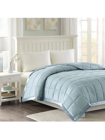 MADISON PARK - Windom Microfiber Down Alternative Blanket with 3M Scotchgard BLUE