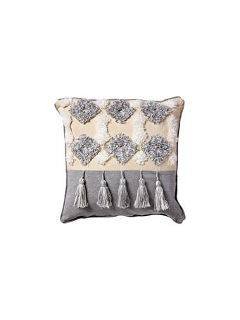 EDEN & WEST - Decorative Cotton Pillow Chenille - Diamond Pattern with Tassels BEIGE