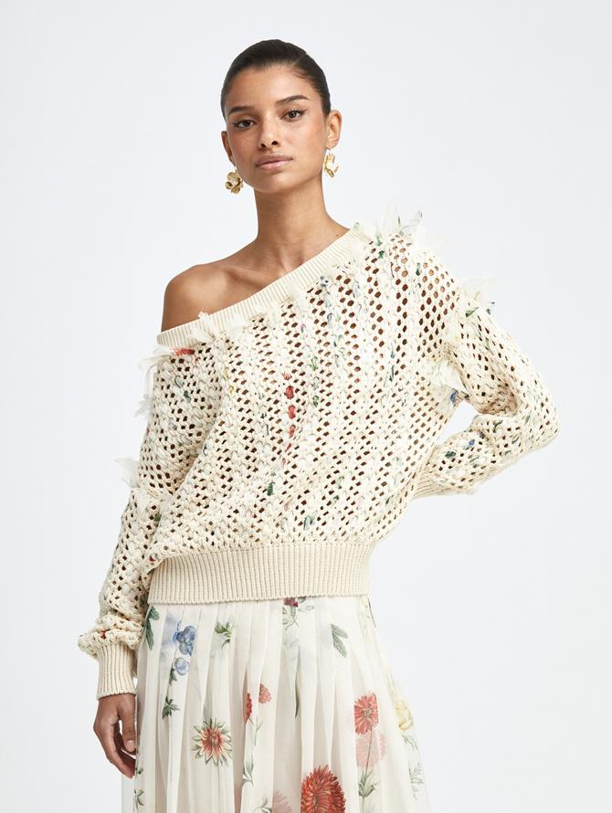 CROCHETED KNIT PULLOVER